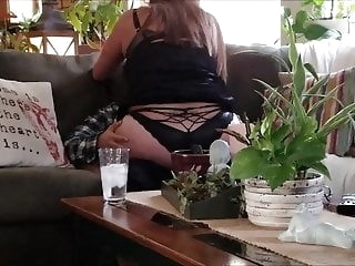 Mommy's young boy toy comes over to fuck my brains out. mature