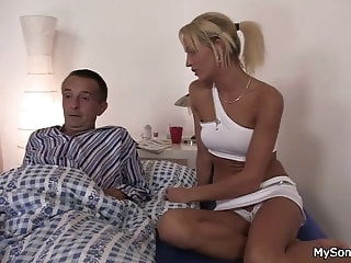 Older man seduces younger blonde woman blowjob